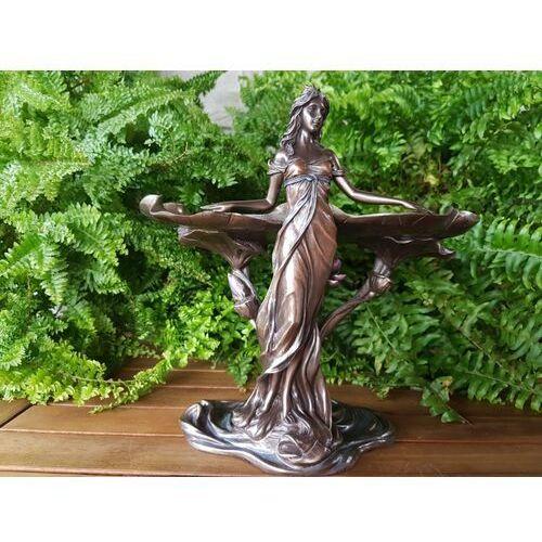 Veronese Secesyjna patera ze stojącą kobietą - (an10081a4)