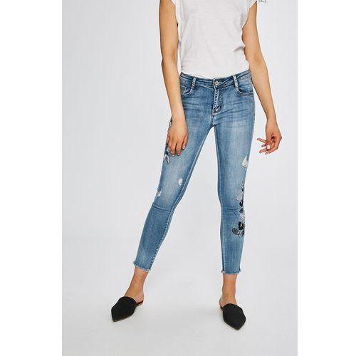 - jeansy fina, Haily's