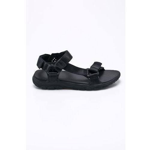 - sandały marki Jack wolfskin