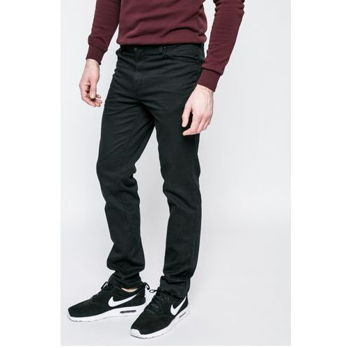 - jeansy tramper, Mustang