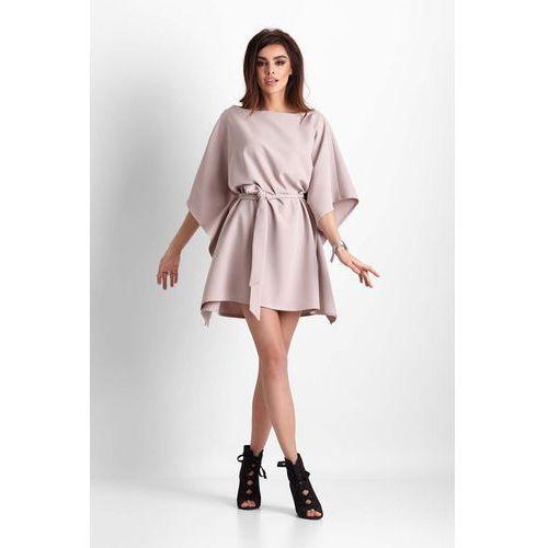 878b082d36 Beżowa nietoperzowa sukienka z wiązanym paskiem