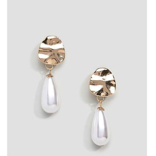 Liars & lovers hammered gold & pearl drop earrings - white