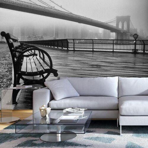 Artgeist Fototapeta - a foggy day on the brooklyn bridge