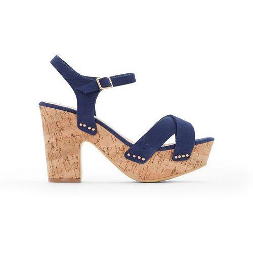 Płócienne sandały na korkowym obcasie