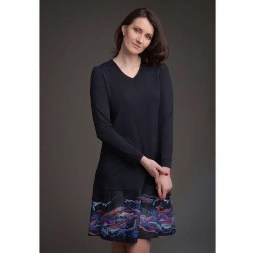 Sukienka trapezowa czarna z kolorowym motywem KOLEKCJA FALA, F86A-295EB