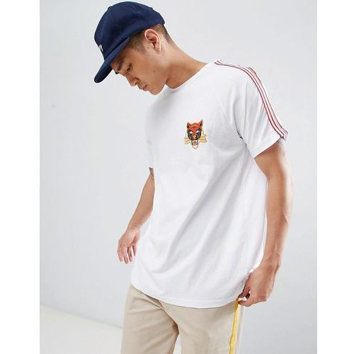 t-shirt in white with side stripe and tiger detail - white marki Pull&bear