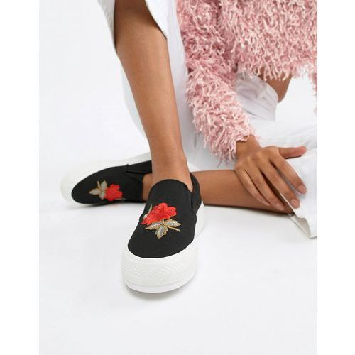 Glamorous slip on shoes with rose embroidery - black