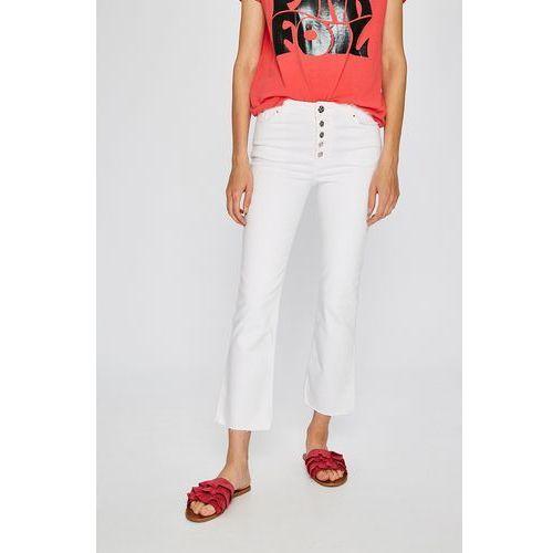 - jeansy cebreros, Silvian heach
