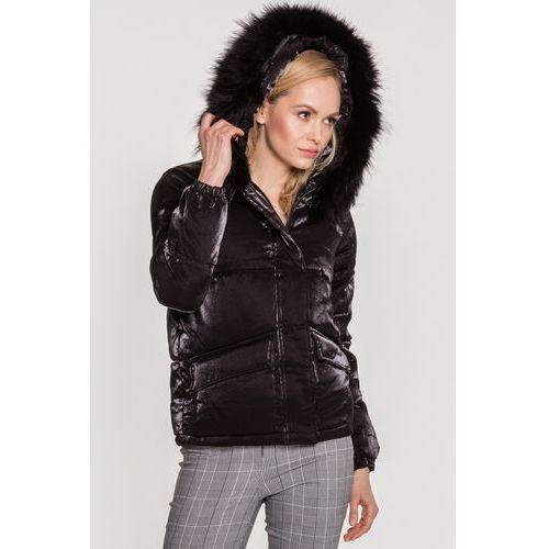 05fc2d986bda4 Pikowana kurtka z naturalnym futrzanym kapturem z jenota - marki Perso