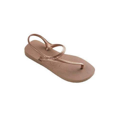 - sandały marki Havaianas
