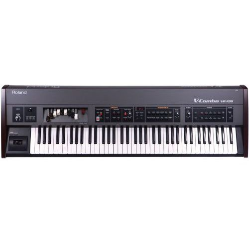 Roland  vr 700 v-combo syntezator / organy