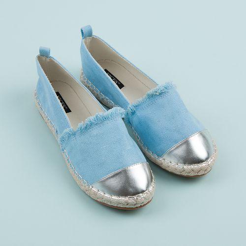 Niebieskie espadryle ze srebrnym noskiem - odcienie niebieskiego marki Vices