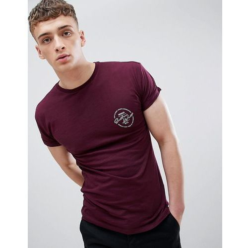 muscle fit t-shirt with east print in burgundy - red marki New look