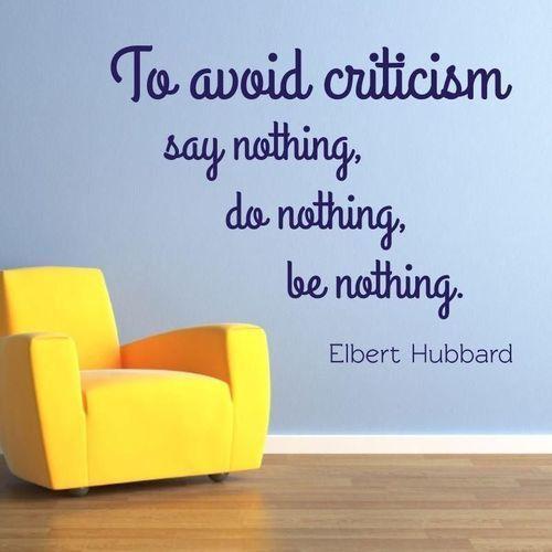 naklejka 03X 20 cytat: to avoid criticism 1748