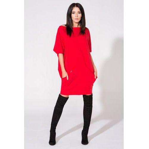 Czerwona sukienka dzianinowa z nakładanymi kieszeniami marki Tessita