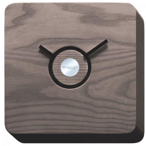 Trattoria zegar wykonany w ciemny drewnie 22x22x4 cm ciemne drewno marki Bugatti