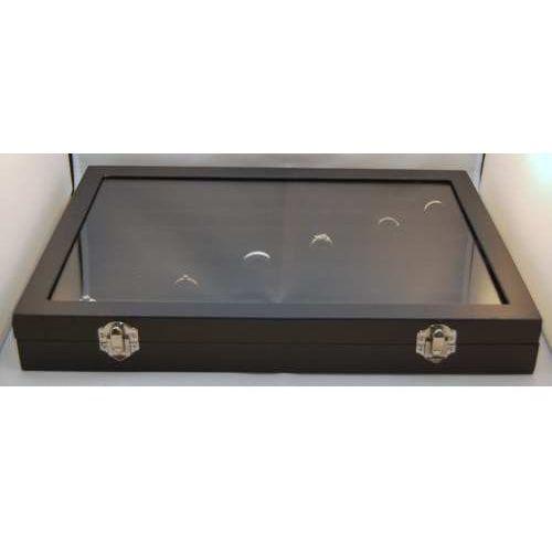 Zamykana, czarna, duża tacka do prezentacji biżuterii np. pierścionków
