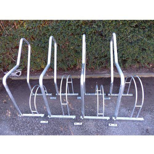 Stojak rowerowy z pałąkami wsporczymi, 4 miejsca ustawienia, ocynkowanie ogniowe marki Melzer metallbau gmbh & co. kg