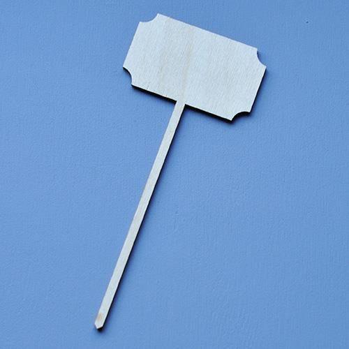 Drewniana tabliczka na patyku 14x6 cm -wciete rogi - 02