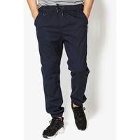 spodnie mastic marki Confront