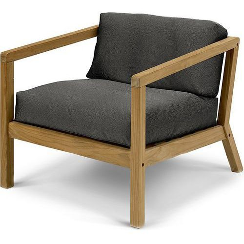 Krzesło z podłokietnikami virkelyst czarne marki Skagerak