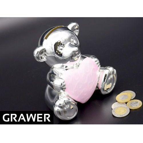 Posrebrzana skarbonka miś z sercem róż pamiątka na chrzest roczek grawer od producenta Alechrzest.pl