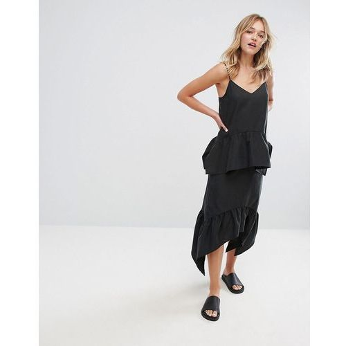 asymmetric hem pleated midi skirt - black marki Monki