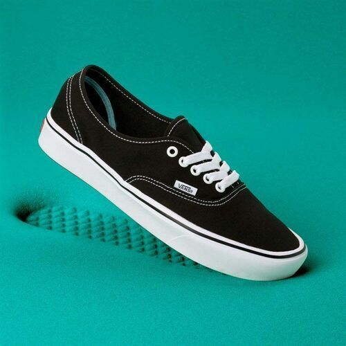 buty VANS - Comfycush Authentic (Classic) Black/True Whit (VNE) rozmiar: 42.5, kolor czarny