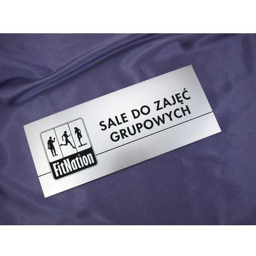 Szyldy z nazwami pomieszczeń i logotypem - 29x12cm - rogi prostokątne od producenta Grawernia.pl - grawerowanie i wycinanie laserem