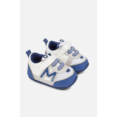 - buty dziecięce 15-19 marki Mayoral