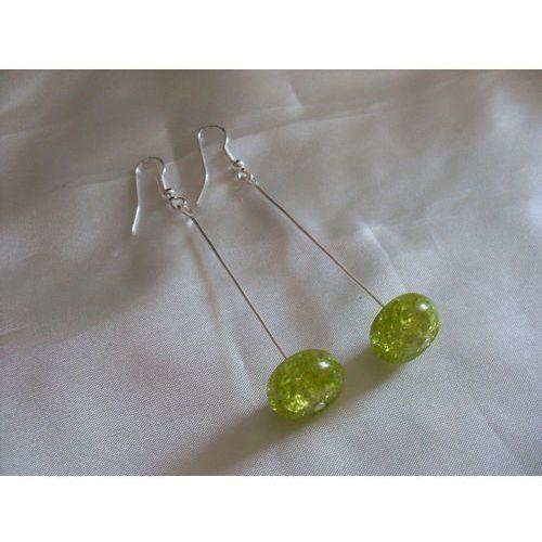 K-00084 Kolczyki z zielonymi koralikami crackle, kolor zielony