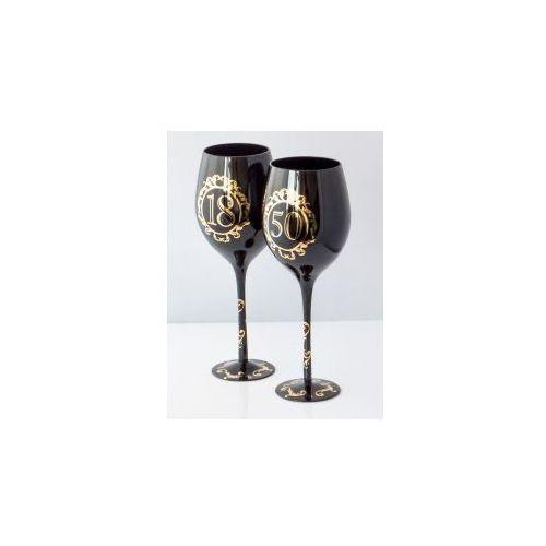 Gotyckie kieliszki do wina