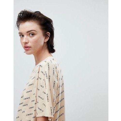 Weekday all over print choice t-shirt in beige print - Beige, w 4 rozmiarach
