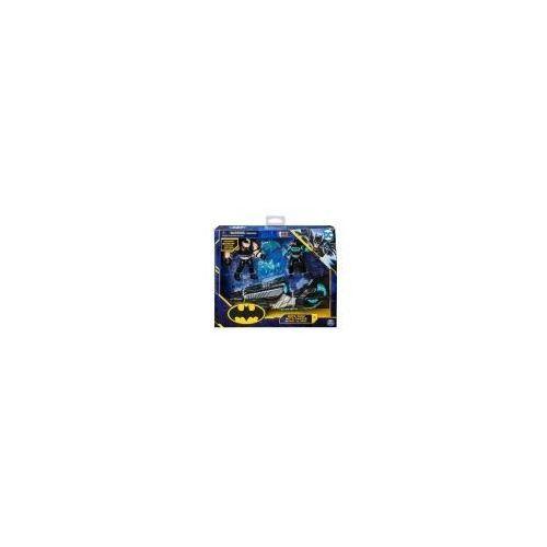 Motor batmana + 2 figurki 10cm marki Spin master
