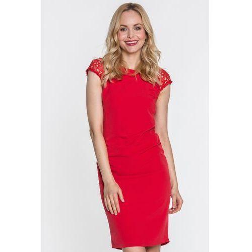 Sukienka z koronką na rękawach - Far Far Fashion, kolor czerwony