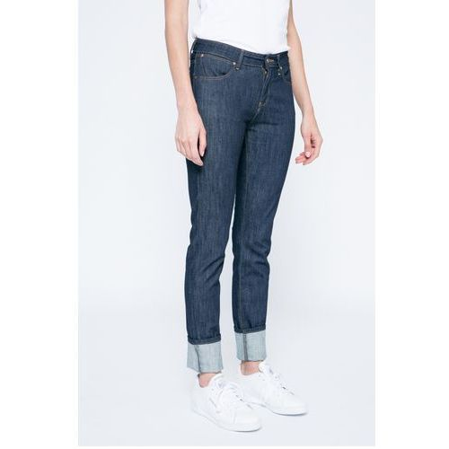 - jeansy, Wrangler