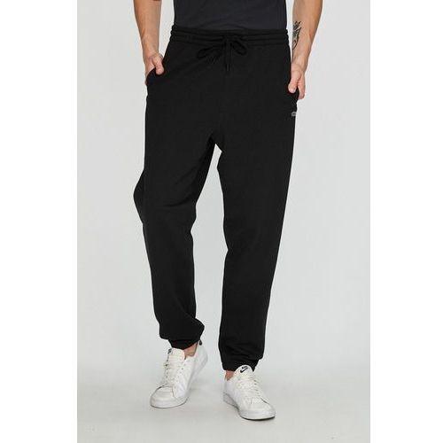 - spodnie marki Vans