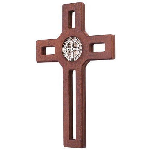 Krzyż drewniany z medalem św. benedykta marki Produkt polski