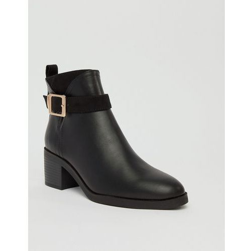 River Island chelsea boots with buckle detail in black - Black