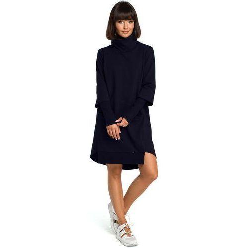 ae9633e906 Granatowa dresowa asymetryczna sukienka z golfem marki Moe