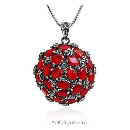 Piękna biżuteria - Zawieszka srebrna z markazytami i rubinami, kolor czerwony