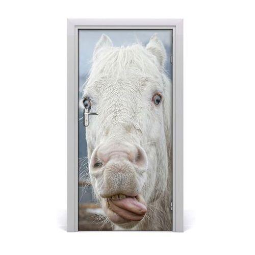 Naklejka samoprzylepna na drzwi Szalony biały koń