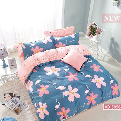 Pościel satynowa 160x200 wzór flamingi i kwiaty na niebieskim