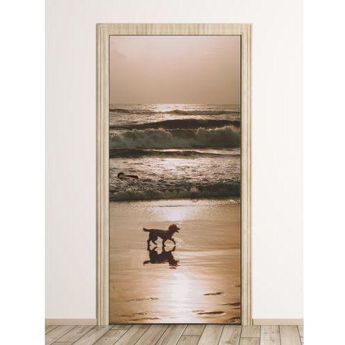 Fototapeta na drzwi spacer nad morzem fp 6175 marki Wally - piękno dekoracji