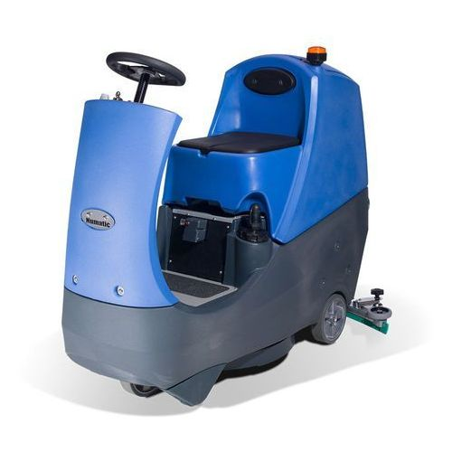cro 8055 - samojezdna maszyna czyszcząca marki Numatic