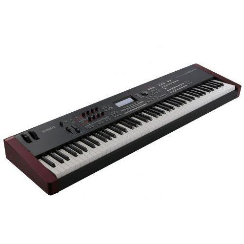 mox f 8 syntezator wyprodukowany przez Yamaha