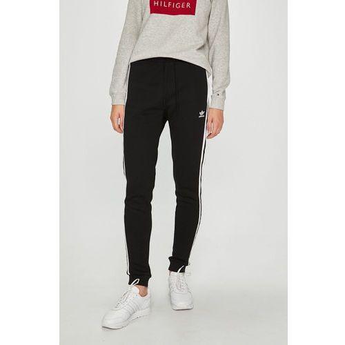 - spodnie marki Adidas originals