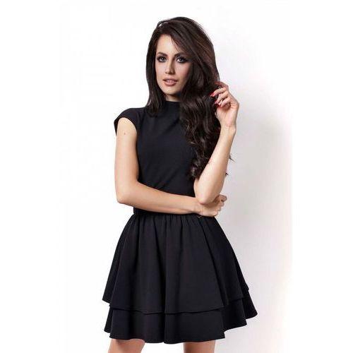 Czarna sukienka z niewielką stójką z falbankami marki Ivon