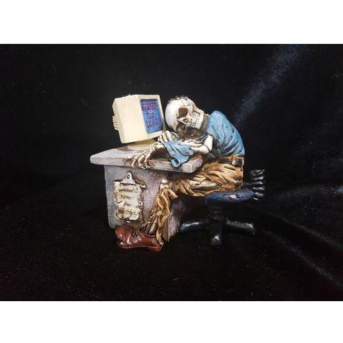 Śpiący szkielet przed kompurem - (wu67830aa) marki Veronese