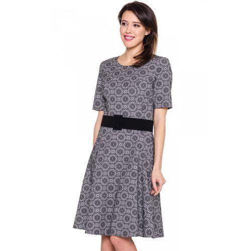 Rozkloszowana sukienka w kwiaty -  marki Bialcon